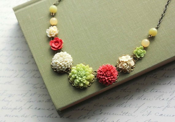 Spring Flower Necklace, Brick Red Flowers, Leaf Green Chrysanthemum, Vintage Style Jewelry, Floral Accessories