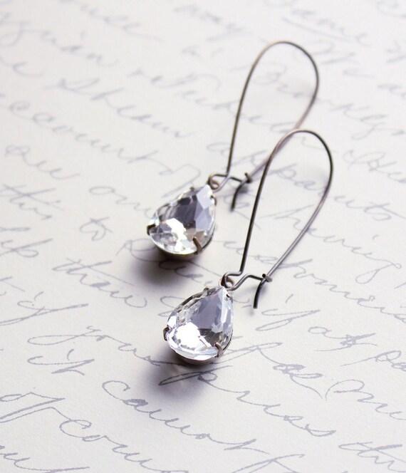 Vintage Glass Earrings, Crystal Clear, Estate Style Jewelry, Bridal Earrings, Pear Shaped, Teardrop Dangle