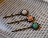 spring breeze - three flower hairpins
