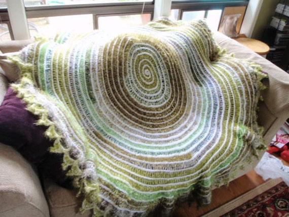 Green Spiral Fuzzy Handmade Blanket Throw Shawl Wrap