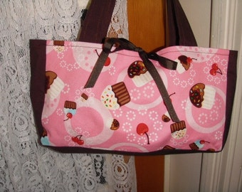 Cupcake Surprise In Pink Purse For Girls Or Ladies