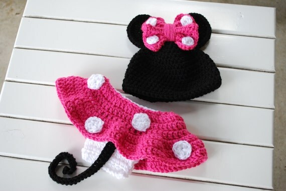 Hot Pink Minnie Mouse Beanie/Diaper Cover Set--photography prop/Baby Shower Gift/Infant Halloween Costume