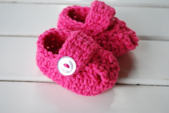 Hot Pink Mary Jane Crochet Infant Booties