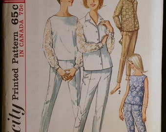 Vintage Sewing Pattern 60s  Misses Blouse Top and Tapered Pants Simplicity 5509 Sz 12