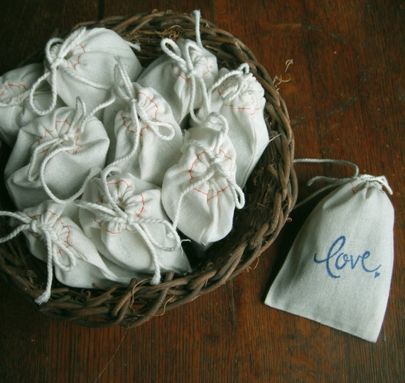 "Wedding Toss Favor Bags LAVENDER 30 LOVE Filled 3 x 4"" FRAGRANT Natural Cotton Muslin Drawstring Bags Wedding Bridal Shower bride Gift,..."