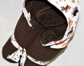 Personalized Hooded Towel Bath or Beach Towel - Brown Dog