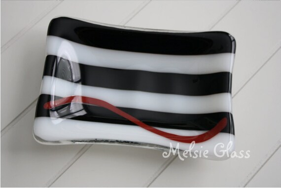 Black & White striped glass soap dish, with red swirl detail