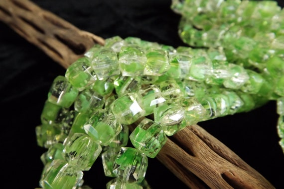 Glass Green Faceted Cubes 8mm Qty 24