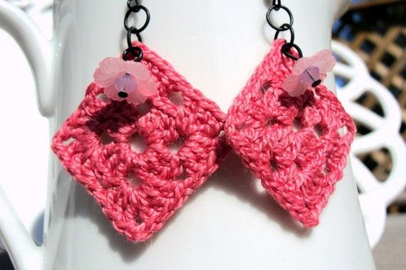 SALE crochet pink earrings granny squares flowers