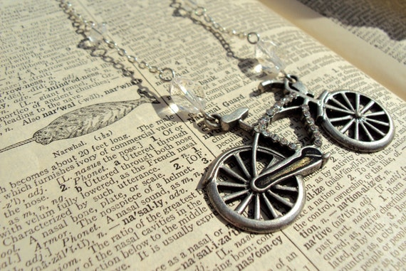 vintage style bicycle necklace