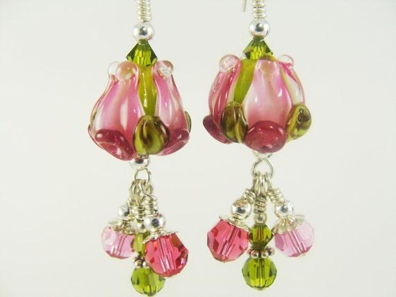 Pink Green Tulip Lampwork Earrings, Rose Pink Bud Glass Bead Earrings, Green Pink Rose Bud Glass Earrings, Pink Earrings, Tulip Earrings
