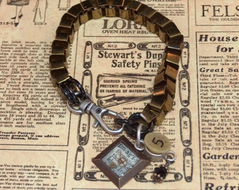 Imagination - brass chain with watch parts in resin bracelet - steampunk - 20 and under