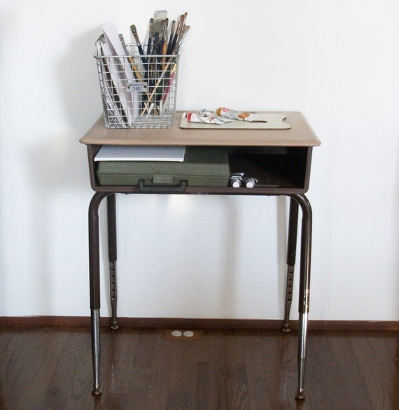 Vintage School Desk with Adjustable Legs - Perfect for Art / Craft / Play Room - FREE SHIPPING