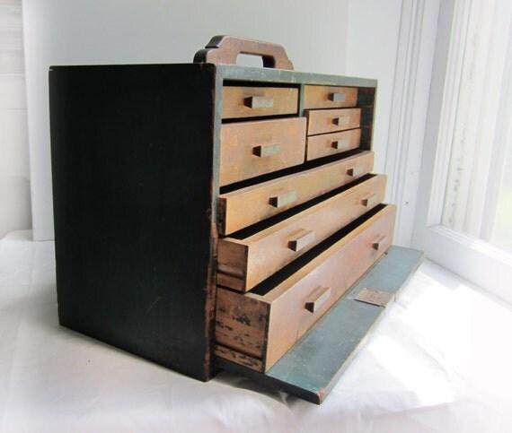 RESERVED for jamilofgreen unitll 6/22 - Vintage Machinist Chest