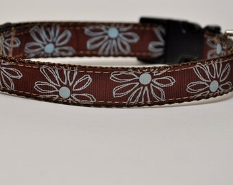 Medium Brown Floral Dog Collar