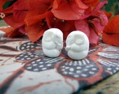 Little Elephant Bead in Carved Bone, 1pc only