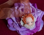 Cunene Queen Elizabeth sleeping doll Pendant