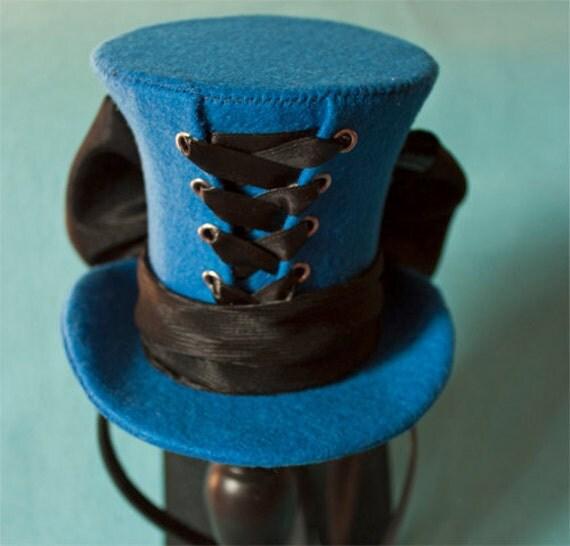 Cunene Goth Blue Ribbon Corset Mini Top Hat