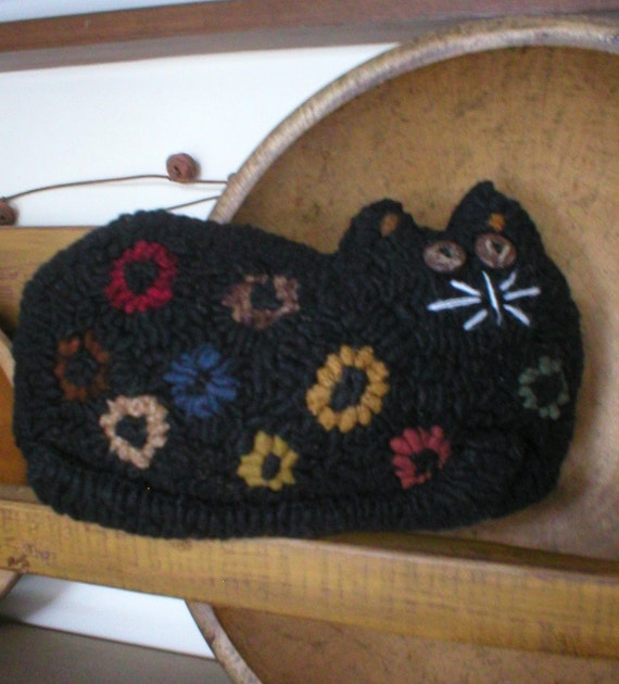 Primitive Folkart Cute Cuddley Penny Cat Hooked Rug Pillow Pattern LJO Collection Cat Pattern