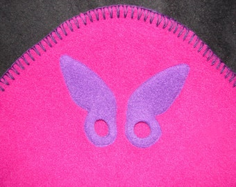 Hotsy Totsy of Vermont fleece whip stitched  baby blanket in magenta w/appliqued Purple Butterflies and Stars (all 4 corners are appliqued).