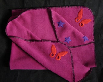 Hotsy Totsy of Vermont fleece whip stitched baby blanket in Magenta w/appliqued Red Butterflies and Stars (all 4 corners are appliqued).