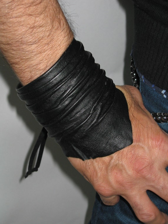 Men S Black Leather Cuff Bracelet Wristband By Vacationhouse