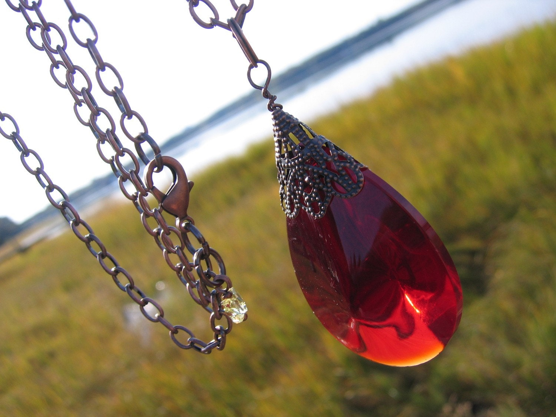 Red Crystal Amulet Pendant Vintage Teardrop Glass Bead Crystal