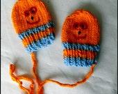 Halooween Baby mittens (for baby boy) ORANGE Baby mittens - Knit mittens - Mittens for newborns