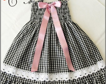 Black and white checkered dress for girls, black plaid dress for girls, Ruched dress, Easter dress, Black and white dress