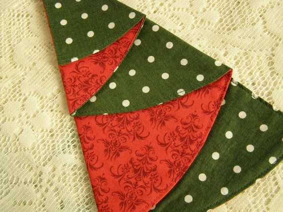 SALE Set of 2 Cloth Dinner Napkins Do the Polka Dot Christmas Trees LAST ONES