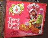 Strawberry Shortcake BERRY MERRY WORM mib - Pooyabee