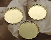 10Pcs 20mm Round Raw Brass Lace Edge  Cabochon  Base frame Base for making resin photo necklaces and pendants(SETHY-73)