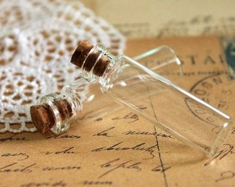 Big Sale-10pcs 40x12mm Clear Glass Tiny Bottle Vials Charms / Pendants with  With Corks /EYEHOOKS (BOT-1)
