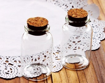 4pcs 50x30mm Clear Glass Tiny Bottle Vials Charms / Pendants with  With Corks /EYEHOOKS (BOT-36)