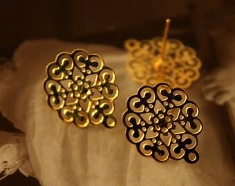 10 Pcs Gold plated Brass Filigree Lace Steel Post  Earring  NICKEL FREE(EAR-15)
