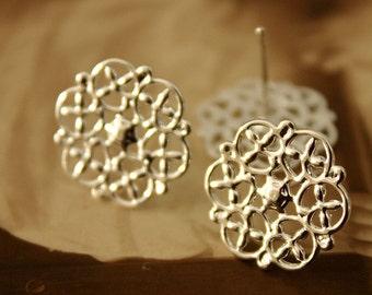 50Pcs Silver plated Brass Filigree Lace Steel Post  Earring  NICKEL FREE(EAR-14)