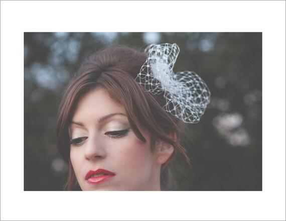Stylish wedding poof accessory