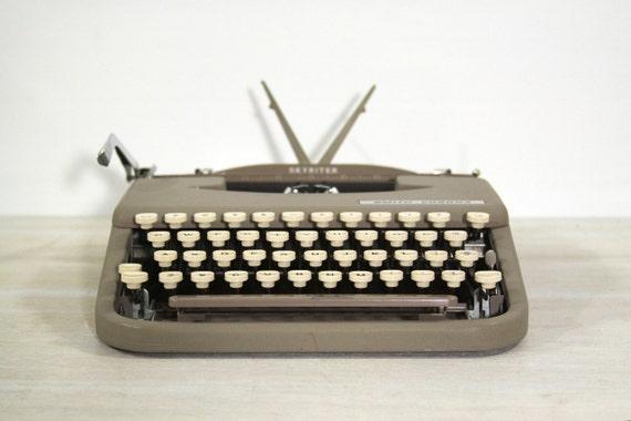 RESERVED Vintage 1950's Smith-Corona Skyriter Typewriter