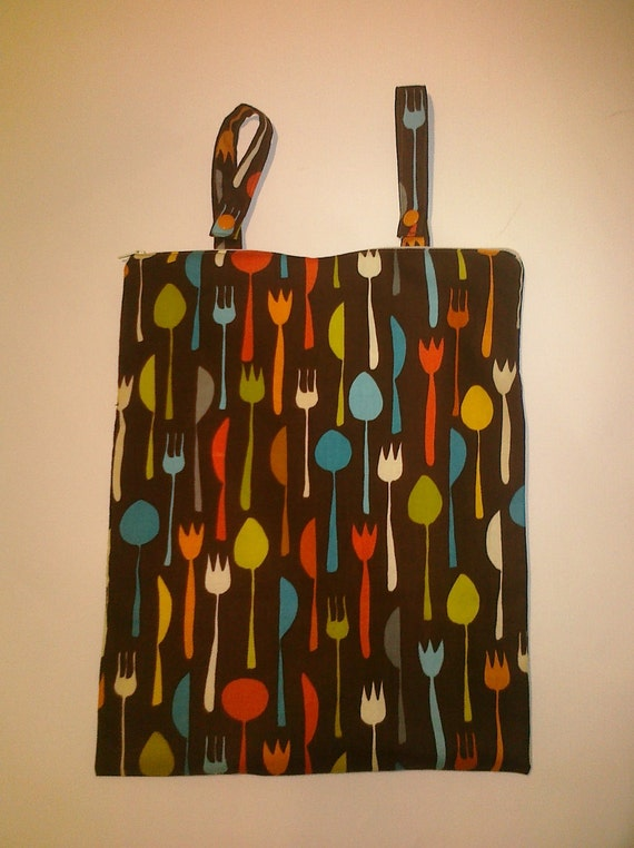 Hanging Stove Wet Bag with Snapping Straps