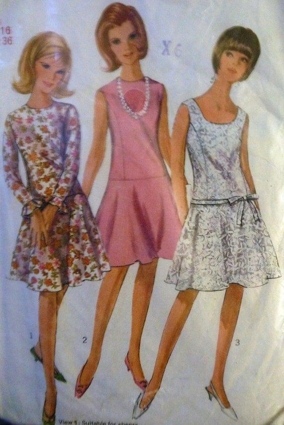 Vintage 1960s Simplicity Misses one piece dress Size 16 Pattern 6539