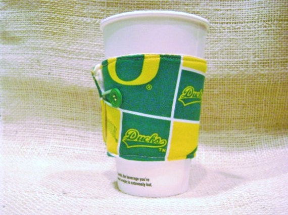UO Reversible two sided coffee cozy insulated- Oregon DUCKS-UO Marcus Mariota football championship