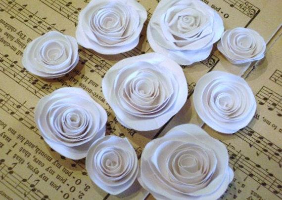 set of 13 white spiral roses paper flowers