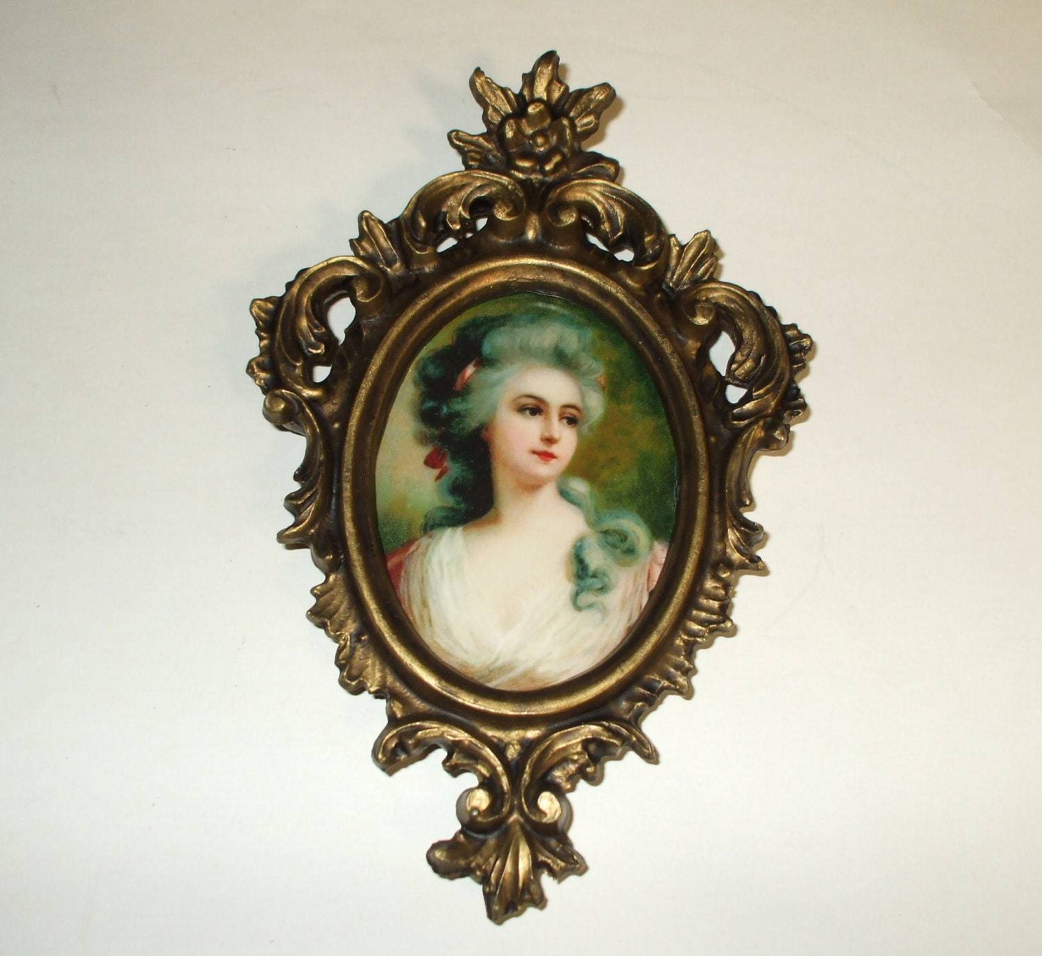 Frame Ornate Oval Victorian Style Antique by DawnsVintageDecor