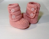 Crochet Baby Ankle Booties in Pink (size 0-3, 3-6, 6-9, 9-12 months)