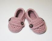 Crocheted Two Button Loafers in Dusty Rose (Size 0-3, 3-6, 6-9, 9-12months)