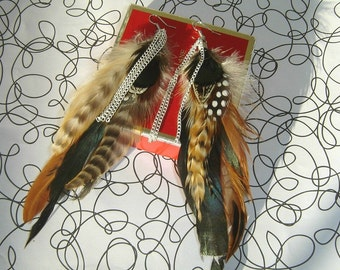 Multi Feathers Earrings With Chains
