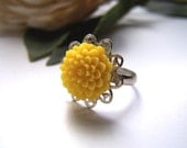 Antique Silver Filigree and Yellow Mum Ring - Antique Silver Base, Resin Cabochon, Vintage Style, Lead Nickel Free, Adjustable Ring, 10mm