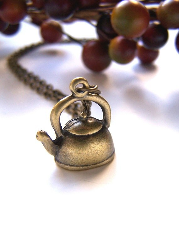 the kettle necklace.