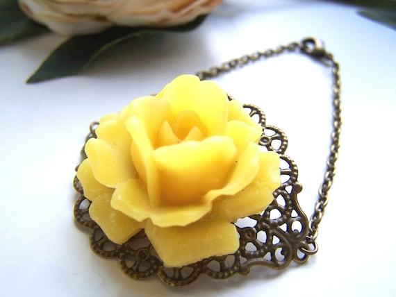 the yellow rose bracelet.