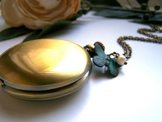 the garden walk pocket watch (necklace).